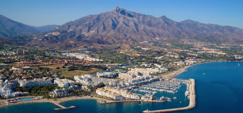 Buying property in Nueva Andalucia