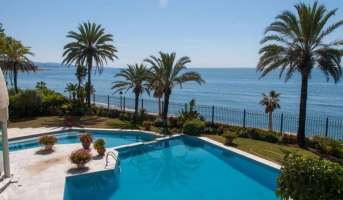 Buying a beachfront property in Marbella