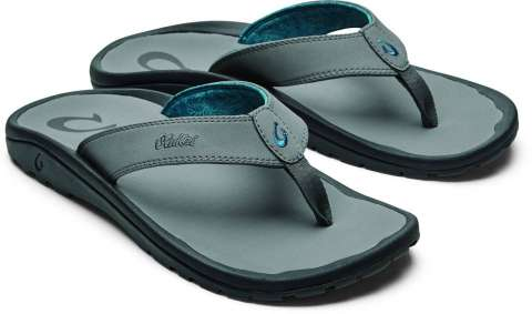 Beach Footwear Tips For The Fashion Savvy